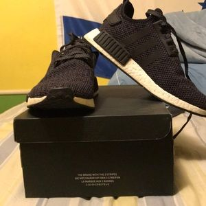 Nmd_r1 x champs exclusive black reflective